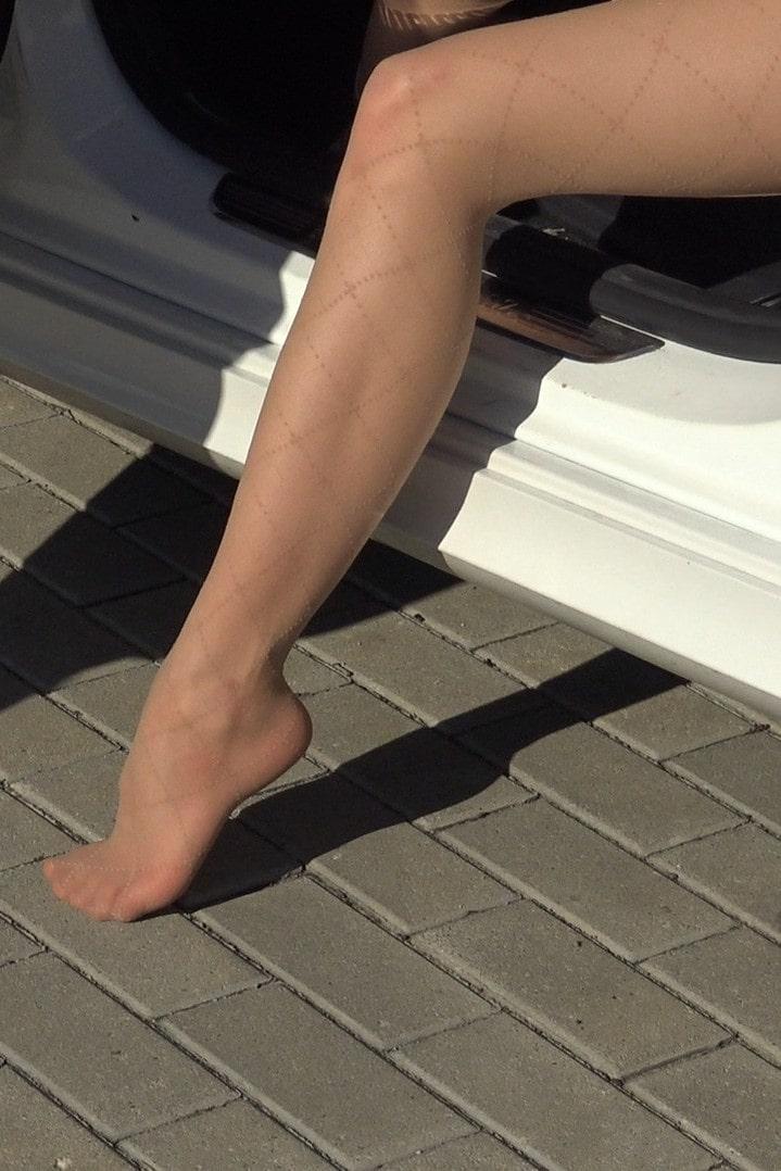 Pantyhose legs model video - leather mini skirt high heels - mercedes-min-min